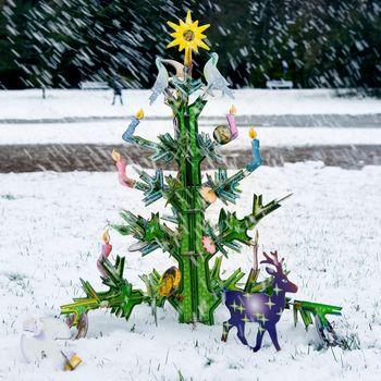 Totem-christmas-tree